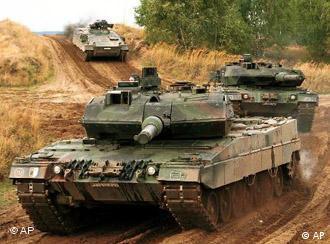 عربستان مایل به خرید شمار بیشتری از تانکهای مدرن آلمانی است