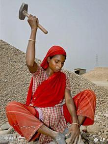 Internationaler Frauentag, Arbeiterin in Bangladesch