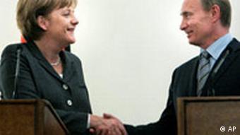 Angela Merkel and Vladmir Putin