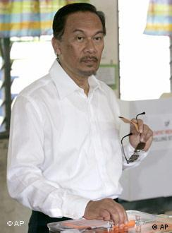 Former Prime minister and People's Justice Party leader Ibrahim Anwar