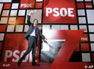 Zapatero anuncia su postura europeísta en el primer discurso tras las elecciones.