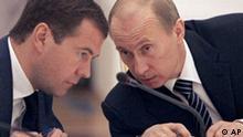 Russland Dmitri Medwedew und Präsident Wladimir Putin