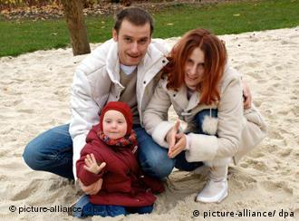 Патри и Сюзан с одним из детей, 2006 год