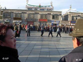 China has accused the West of biased media reporting about the unrest in Tibet