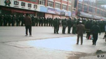 Image taken with a mobile device purports to show Chinese law enforcement in Lhasa