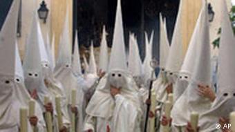 Prozession in der Karwoche Cordoba Südspanien