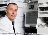 El Dr. Berndt Zur y su equipo descubrieron la nueva hemoglobina.