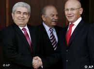 Dimitris Christofias y Mehmet Ali Talat optimistas.