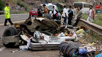 طی سی سال گذشته بیش از ۸۰۰ هزار نفر در حوادث رانندگی در ایران جان خود را از دست دادهاند.
