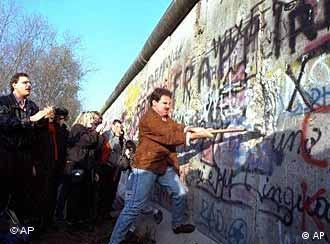 No todos se alegraron cuando en 1989 cayó el Muro de Berlín .