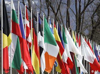 Slowenien EU Außenministertreffen in Ljubljana Flaggen