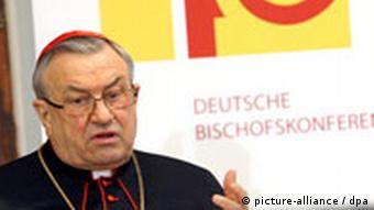 Kardinal Karl Lehmann. Foto: Karl-Josef Hildenbrand dpa/lby