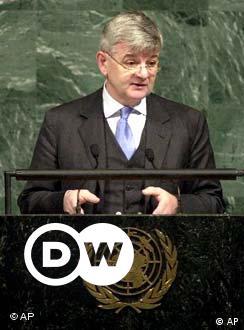 www.dw.com