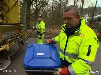 Azul para papeles: en Alemania cada contenedor de basura tiene otro color.