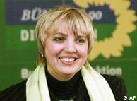 کلاودیا روت،  از رهبران حزب سبزها و رئیس فراکسیون این حزب در پارلمان آلمان