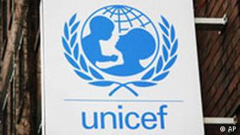 Das Logo und der Schriftzug der Hilfsorganisation UNICEF sind am 5. Februar 2008 an der Zentrale in Koeln zu sehen.