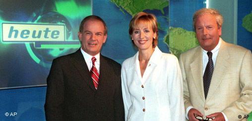 Petra Gerster mit Kollegen Peter Hahne und Claus Seibel (freies Bildformat)