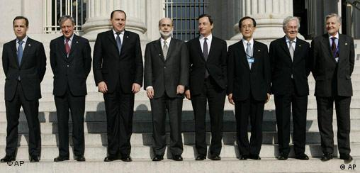 The central bank governors met in Washington; from left to right: Mark J. Carney (Canada), Christian Noyer (France), Axel A. Weber (Germany), Ben S. Bernanke (US), Mario Draghi (Italy), Masaaki Shirakawa (Japan), Mervyn King (UK) and the President of the European Central Bank, Jean-Claude Trichet