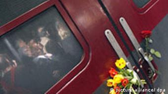 Pociąg Pamięci przywołuje pamięć pomordowanych i wspiera żyjące ofiary nazizmu.