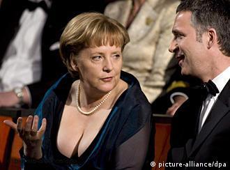 Angela Merkel and Norwegian Prime Minister Jens Stoltenberg