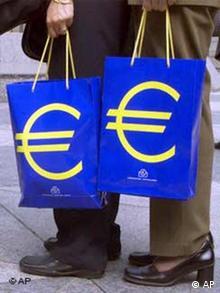 Einkaufstaschen mit Euro