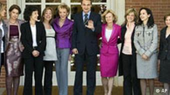 Sapnien Ministerpräsident Jose Luis Rodriguez Zapatero Regierung Frauen