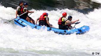 Od mjesta Karanovac do 11 kilometara udaljene Banjaluke treba vam oko dva sata – ako kao prevozno sredstvo koristite čamac za rafting.