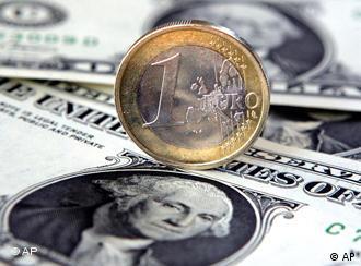 El euro podría desplazar al dólar como divisa líder mundial.
