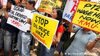 Demonstranten (Quelle: DPA)