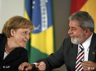Merkel y Lula durante la última visita de la estadista germana en Brasil, en mayo de 2008.
