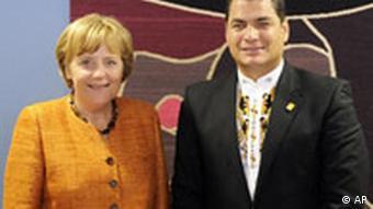 Bundeskanzlerin Angela Merkel, Ecuadors Praesident Rafael Correa Delgado auf dem EU Lateinamerika Gipfel in Lima