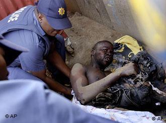 Verletzter Mann (Quelle: AP)