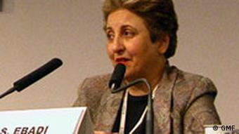 شیرین عبادی، برنده جایزه صلح نوبل در سال ۲۰۰۳