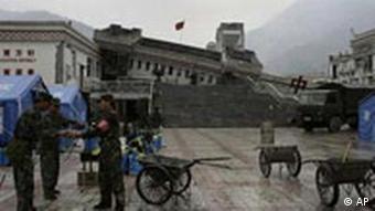 Eingestürzte Schule nach Edbeben in China Sichuan