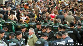 Hundreds of protestors gather in Bamburg