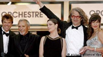 Wenders with Milla Jovovich, Hopper and German singer Campino