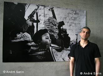 Rapper Angry Teng at an exhibition on child soldiers