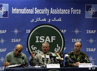 بیش از ۱۰۰ هزار سرباز خارجی در افغانستان مستقر هستند
