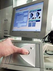 Сканування відбитків пальців