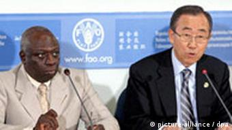 United Nations's Secretary General Ban Ki-Moon, right, and Food and Agriculture Organization Director General Jacques Diouf