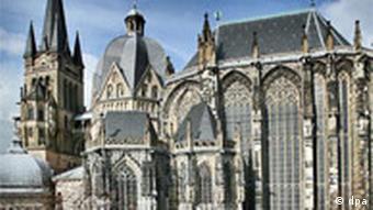 Blick auf den Kaiserdom in Aachen (Foto: dpa)