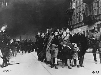 Jews are deported from the Warsaw ghetto in 1943