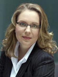 Профессор Клаудиа Кемферт