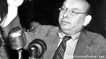 Compositor Hanns Eisler