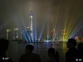 Everyone is trying to make it in Shanghai -- China's business and showbusiness capital
