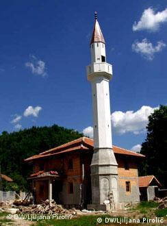 U toku i obnova džamije