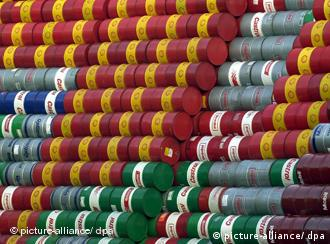 اوپک همچنان مخالف افزایش تولید نفت