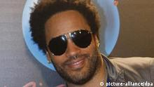 Musician Lenny Kravitz poses during a photocall held at a hotel in downtown Madrid, Spain, 30 April 2008, where he talked about his upcoming record 'It's time for a love revolution' and his next tour that will bring him to Spain's capital during the festival Rock in Rio Madrid. Photo: EFE/Zipi +++(c) dpa - Report+++
