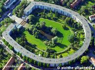 Bruno Taut e Martin Wagner projetaram conjunto habitacional em forma de ferradura