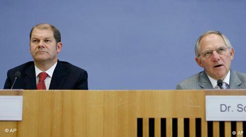 Ο Όλαφ Σολτς φαίνεται να συνεχίζει τη συντηρητική δημοσιονομική γραμμή του προκατόχου του